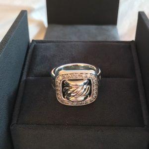 David Yurman Buckle Diamond Ring Size 7 never worn
